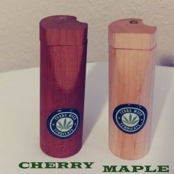 Natural Wood Dugout W/ One Hitter